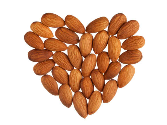 heart-almonds